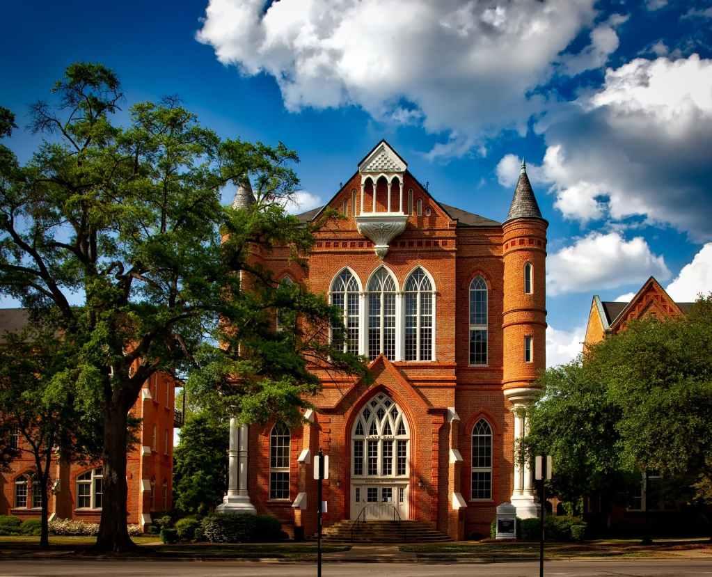 architecture building campus clark hall